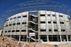 تسریع در تکمیل سالن ۶۰۰۰ نفری مطالبه جامعه ورزش قزوین است