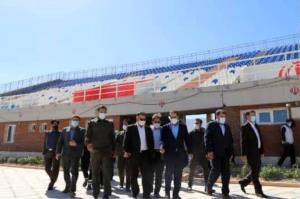 بازدید استاندار لرستان از ورزشگاه ۵۰۰۰ نفری دورود