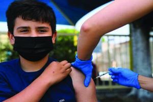 واکسیناسیون سیار به مدارس سرپل ذهاب رسید
