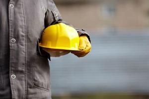 نوید حل مشکلات کارگران و واحدهای تولیدی فارس در نشست با وزیر کار