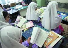 سرپرست وزارت آموزش و پرورش: برنامه ای برای تدریس زبان های دیگر در مدارس نداریم
