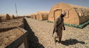نظامیان انگلیسی پایگاه های خود را در