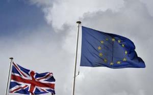 هشدار نظامیان انگلیسی نسبت به خطرات امنیتی خروج انگلیس از اتحادیه اروپا