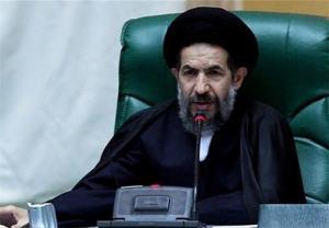 نایب رئیس مجلس: دولت از دخالتهای دستوری در اقتصاد خودداری کند