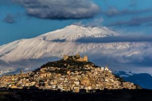 طبیعت گردی/ اتنا، بلندترین آتشفشان فعال در اروپا