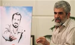 روایت پدر شهید احمدیروشن از سنگ اندازی جلوی پای مصطفی