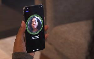 اپل: Face ID گوشیهای اندرویدی مزخرف خواهد بود!