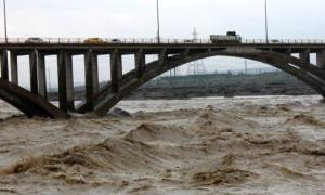 طغیان رودخانه آبنما در رودان /مفقود شدن پسربچه ی 12 ساله