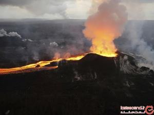 مردی که به عمق 21 متری دهانه آتش فشان فعال هاوایی سقوط کرد!