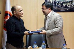 محسن کاوه مدیر تیمهای ملی کشتی آزاد شد