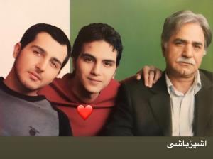 چهره ها/ پرویز پرستویی با پسرانش در سریال آشپزباشی