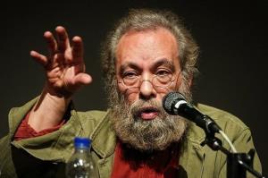 مسعود فراستی: «آتابای» مثل همه فیلمهای نیکی کریمی بد است
