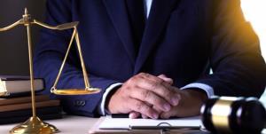 کانون وکلا با ضرب العجل قوه قضائیه بعد از 64 سال برای اصلاح آیین نامه فقط تشکیل جلسه داد
