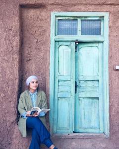 چهره ها/ سحر دولتشاهی در نمایی از فیلم آتابای