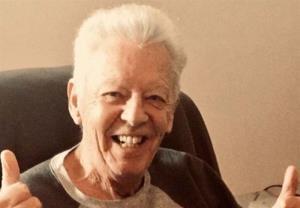 برنده جایزه امی در ۸۷ سالگی فوت کرد