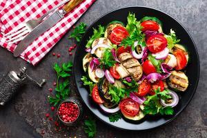 خوراکیهای مفید برای کسانی که چربی خون دارند