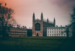 سؤالات عجیبی که در مصاحبه مخوف دانشگاه کمبریج پرسیده میشود!