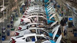 تحقق دستور وزارت صمت در گرو حل بحران مالی و اصلاح قیمتگذاری خودروسازان