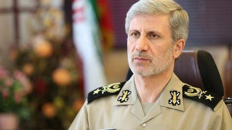 وزير دفاع: همکاريهاي نظامي ايران و روسيه مثبت و رو به پيشرفت است