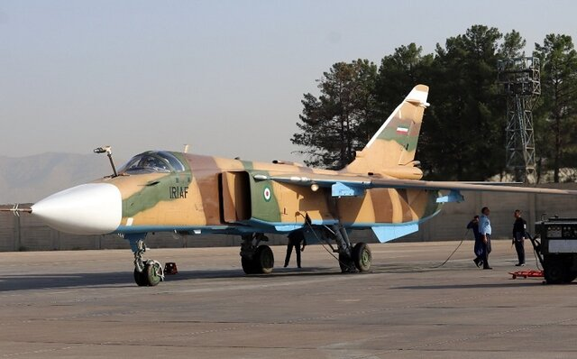 جنگنده «سوخو ۲۴» در پایگاه شهید دوران بازآمد شد