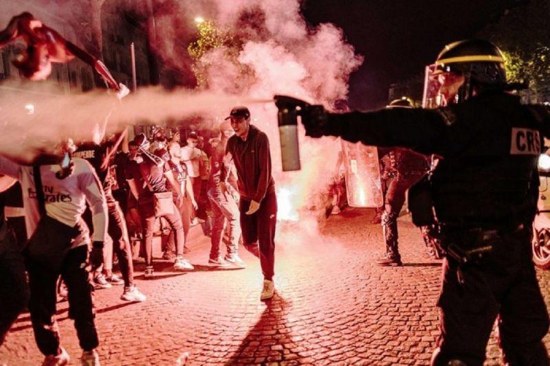 استقرار 3000 پلیس در پاریس برای ممانعت از جشن قهرمانی پی اس جی
