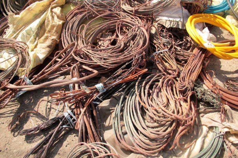 باند سرقت سيم و کابل برق و مخابرات در خلخال متلاشي شد