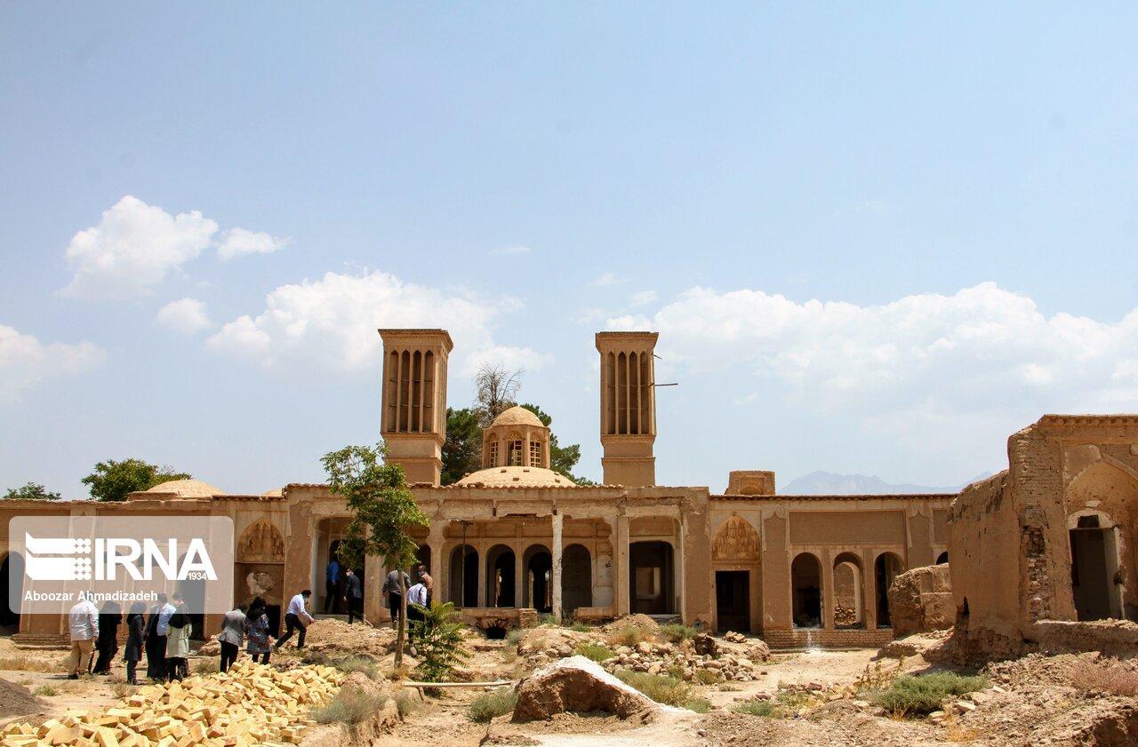 عکس/ عمارت تاریخی شترگلو در ماهان