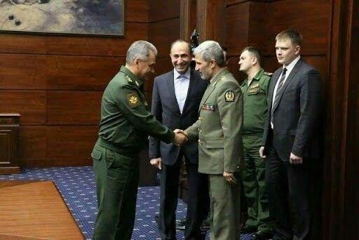 اتحاد وزرای دفاع ایران و روسیه برای مقابله با یکجانبه گرایی آمریکا