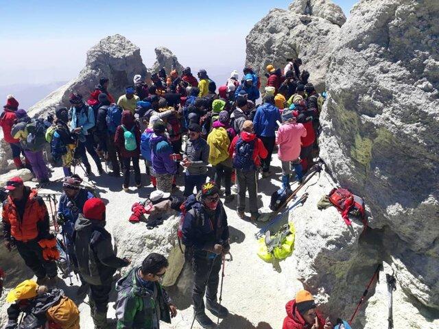 موارد مشکوک به کرونا در کوهنوردانِ قله دماوند
