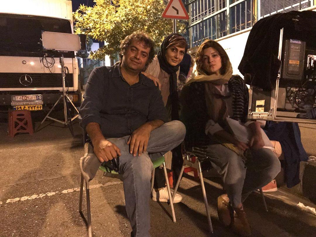 چهره ها/ خانم بازیگر و همسر کارگردانش در پشت صحنه «سه کام حبس»