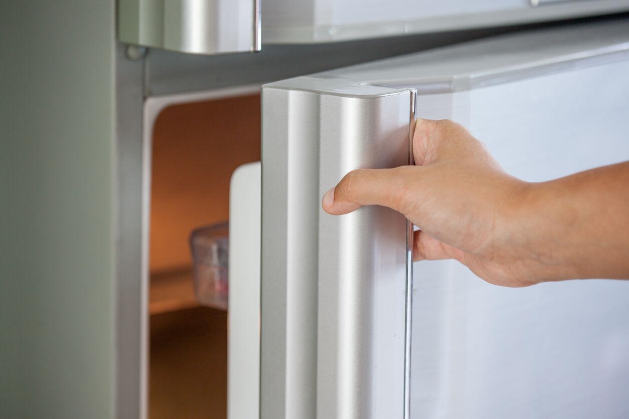 یک راه کاربردی تعمیر فن یخچال