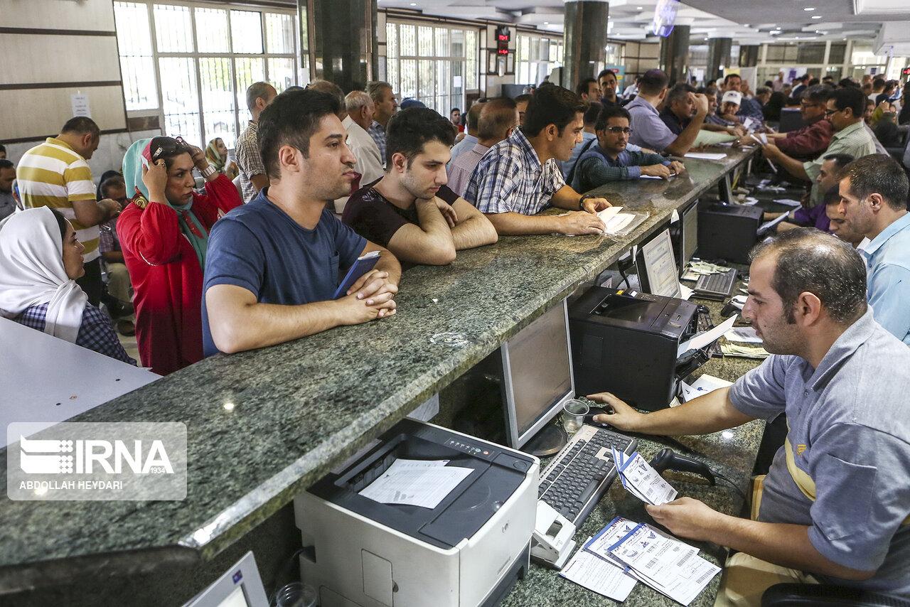 افزایش ۵.۹ برابری حداقل حقوق کارمندان در دولت تدبیر و امید