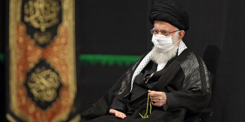 دومین شب مراسم عزاداری حضرت اباعبدالله الحسین(ع) با حضور رهبر انقلاب