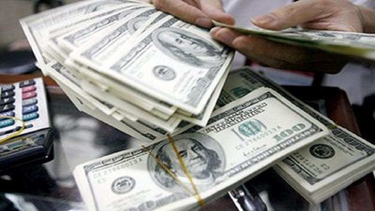 دلار وارد کانال 23 هزار تومان شد
