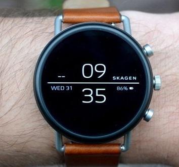 اولین ساعت هوشمند وان پلاس عرضه میشود