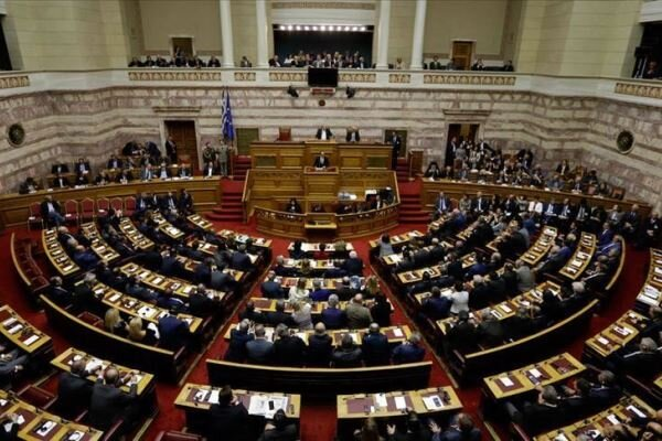 پارلمان یونان توافقنامه «تعیین حدود دریایی» با مصر را تصویب کرد