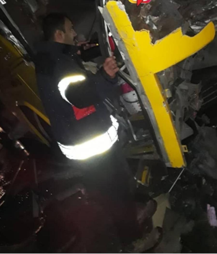 تصادف خونین اتوبوس و تریلی در جاده جهرم