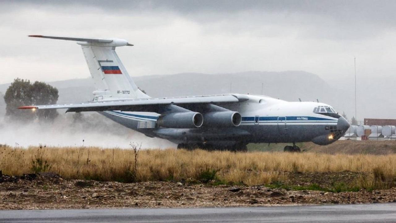گمانه زنیها درباره ارسال محموله تسلیحاتی هفت هواپیمای روسیه به سوریه