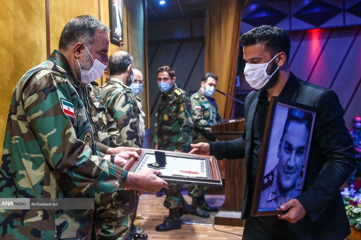 همایش تجلیل از مدافعان سلامت ارتش جمهوری اسلامی ایران