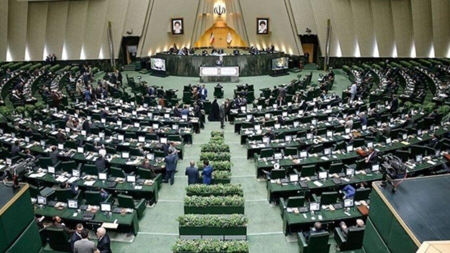 مجلس ضد دولت در ترازوی ١٠٠ روزه