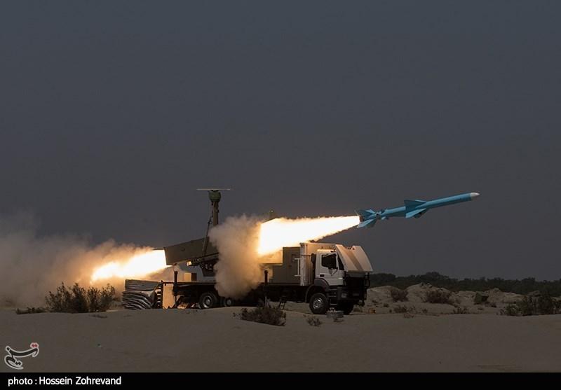 عکس/ شلیک موشک قادر در رزمایش ذوالفقار ۹۹ ارتش