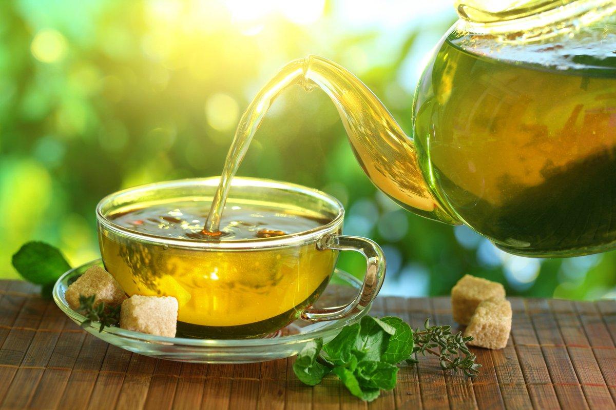 چرا شبها نباید چای سبز بنوشیم؟