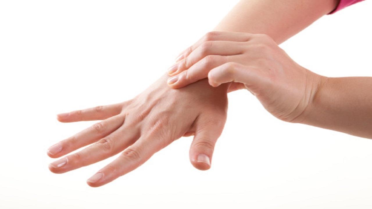 چطور درد انگشتهای دستمان را آرام کنیم؟