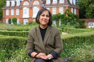 برای اولین بار یک زن هندی تبار در دانشگاه