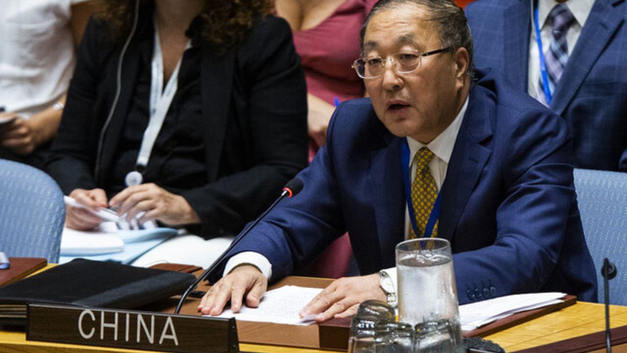 چین: ترامپ یک دروغگوست که در مقابل کرونا شکست خورد