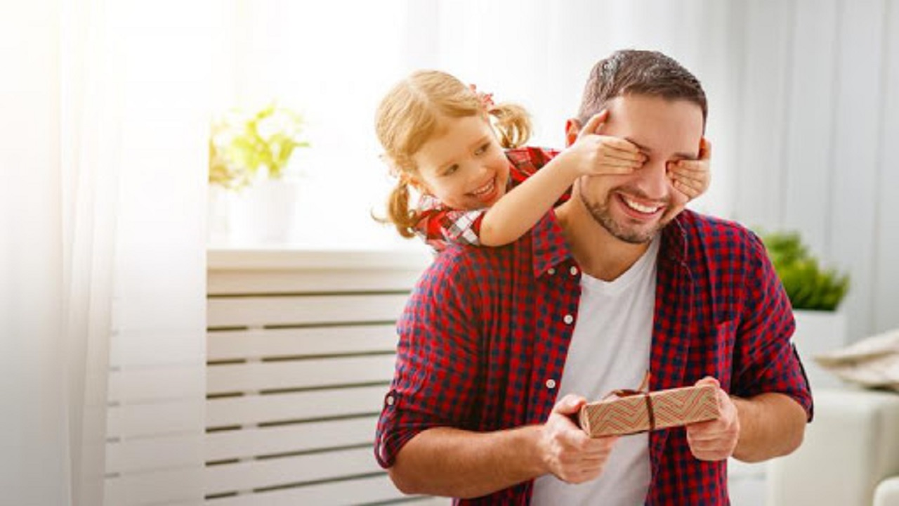 تأثیر مثبت رابطه پدر و دختری بر آینده دختران
