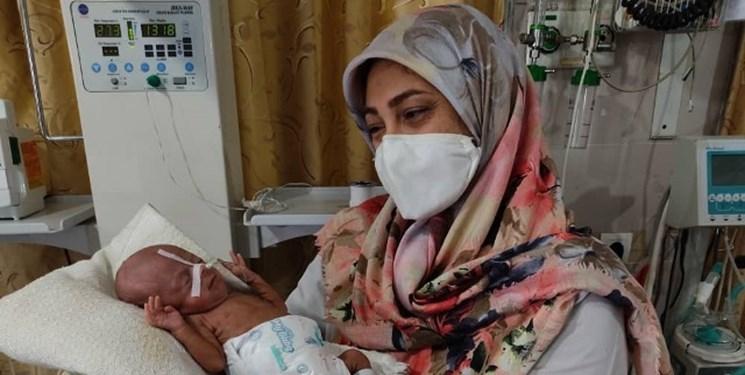 نوزاد نارس در بیمارستان دهدشت از مرگ نجات یافت