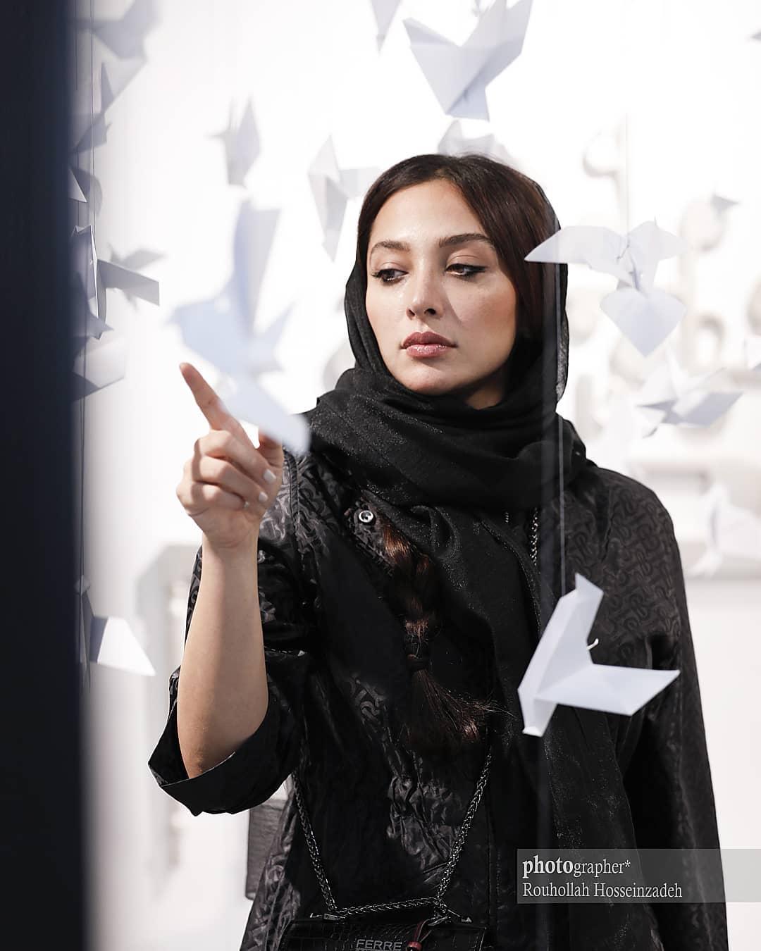 آناهیتا درگاهی در نمایشگاه هنرهای تجسمی