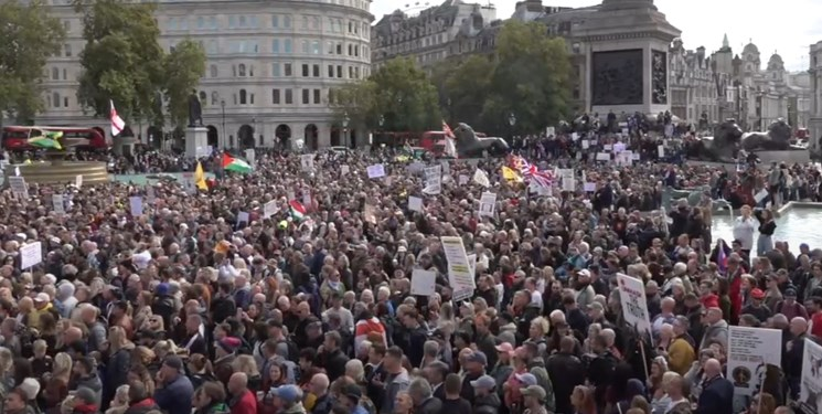 اعتراض مردم انگلیس به محدودیتهای کرونایی دولت