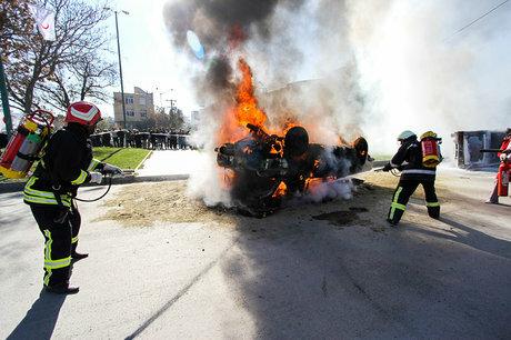 حریق پمپ بنزین در تاکستان 3 کشته بر جای گذاشت